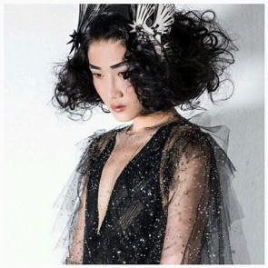 Repost of the magnificient design signé @julienfournie . Gorgeous work with Sophie Hallette lace. We love it !  #SophieHallette #FrenchLace #lace #Dentelle #JulienFournie #Talent #Fashion #Designer #Creative #Visionary