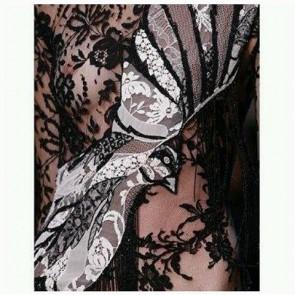 Art with @worldmcqueen  #SophieHallette #FrenchLace #lace #Dentelle #AlexanderMcQueen #Seagull #Art #Fashion #ParisFashionWeek #TopShows #PFW #SS2016