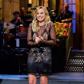The actress Margot Robbie looked dazzling in her Alexander Wang lace dress on Saturday Night Live!  #SophieHallette #lace #alexanderwang #snl #lacedress #laceoutfit #margotrobbie