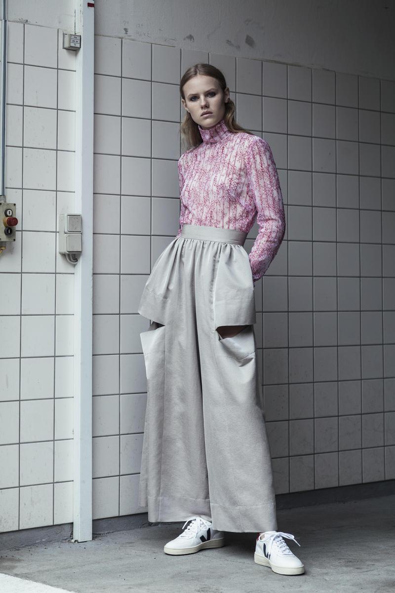6. Martine Jarlgaard London - Hallucinations Turtle Neck Top worn with Window Trousers - preSS18 - Fashion Summit - Copenhagen Fashion Summit - _MG_7765