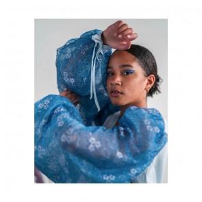 Manches de dentelle Leavers chantilly bouffantes par @dakota.indigo 💙✨ ⠀⠀⠀⠀⠀⠀⠀⠀⠀ ⠀⠀⠀⠀⠀⠀⠀⠀⠀ Puff chantilly Leavers lace sleeves by @dakota.indigo 💙✨⠀⠀⠀⠀⠀⠀⠀⠀⠀ ⠀⠀⠀⠀⠀⠀⠀⠀⠀  #sophiehallette #dentelle #lace #dentelledecalais #dentelledecaudry #dentelledecalaiscaudry #dentellefrancaise #frenchlace #madeinfrance #dentelleleavers #leaverslace #savoirfaire